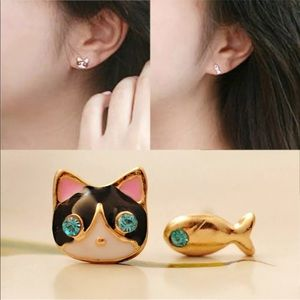 Jewelry - 🐈 🐠Cat & Fish Whimsical Mismatched Earrings🐈 🐠